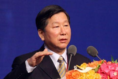 中国银监会主席尚福林:积极推进发行绿色金融债券和绿色信贷资产证券化